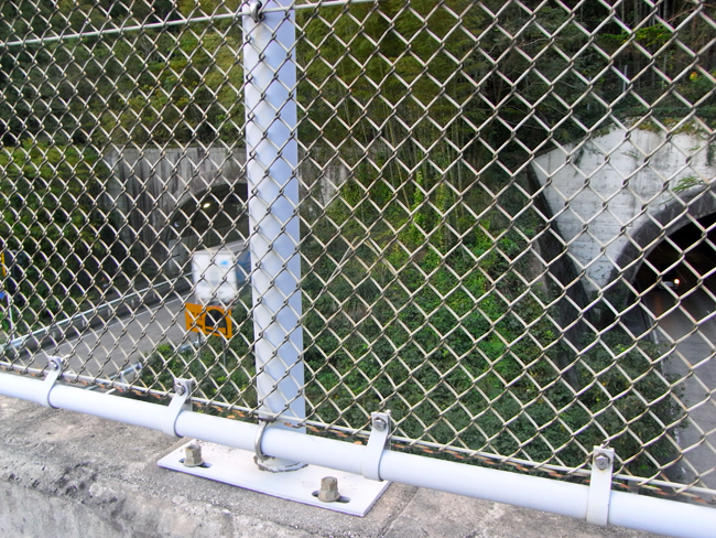 宇津ノ谷トンネル